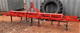 Implemento Trator Cultivador de 8 Hastes com molas - Nova Andradina - MS