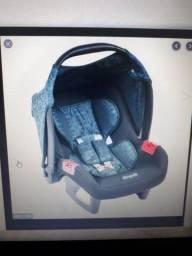 Bebê conforto + base burigoto