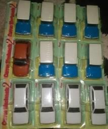 12 Miniaturas de carros