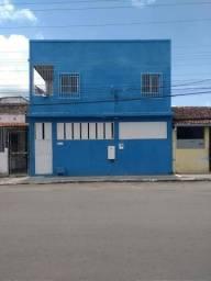 ALUGO Prédio em Alagoinhas