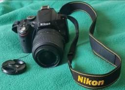Câmera Nikon D5100 + acessórios. Pouco uso