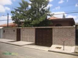 Casa residencial à venda, José Maria Dourado, Garanhuns.