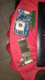 Placa de vídeo ,memória DDR2 de 1 GB e DDR 3 de 2 GB preço a combinar