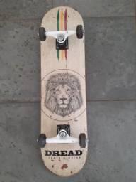 Vende-se skate da marca DREAD