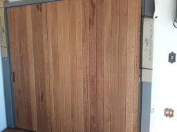 Portão de madeira para garagem. PROMOÇÃO