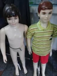 Manequim infantil
