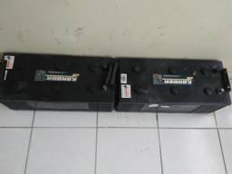 2 baterias de 150 amperes por 650 reais