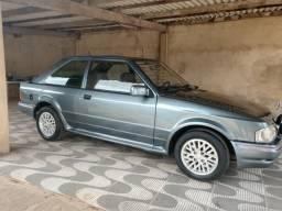 Automóvel antigo - 1989