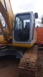 Escavadeira Hidraulica New Holland E215 2010 unico dono