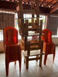 Título do anúncio: Vende-se 18 cadeiras e 6 bancos de madeira