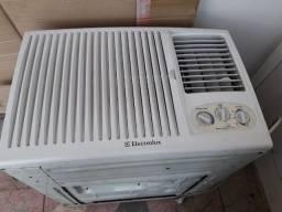 Título do anúncio: ar condicionado de parede eletrolux