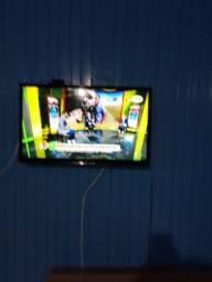 Título do anúncio: Vendo TV 32 polegadas