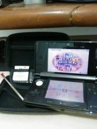 Nintendo 3DS Desbloqueado com jogo original e R4