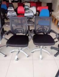 Título do anúncio: Nova - Cadeira giratória para escritório