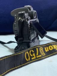 Nikon D750 + Grip Meike