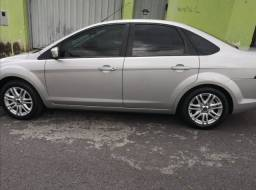 FORD FOCUS SEDAN AUTOMATICO