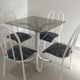 Mesa 4 cadeiras Vidro nova