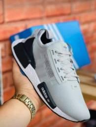 Título do anúncio: vendo Tênis Adidas nmd ( 120 com entrega)