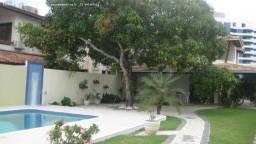 Título do anúncio: Casa solta Miragem 5/4, suíte Piscina privativa