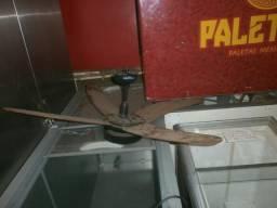Ventilador de teto sem a chave de liga e desliga