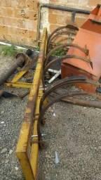 Cultivador 03 linhas, cutivador, curtivador, Com todas enchadas