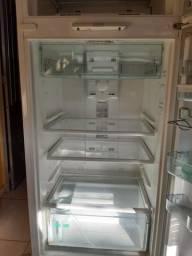 Refrigerador consul frost free biplex.