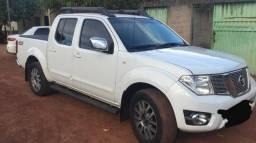 Vende-se Nissan frontier - 2014