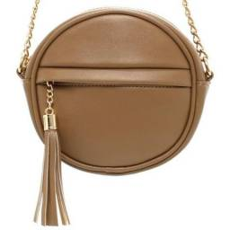 Bolsa Caqui com Detalhe de Pingente