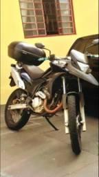 Xre 300 barata (Negocio) - 2012