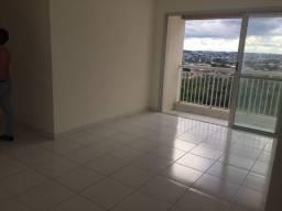 Apartamento de 84m² no Paradise Sky com 3 dormitórios, sendo 1 suíte, com varanda
