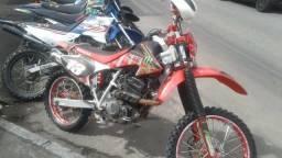 Vendo ou troco - 2004
