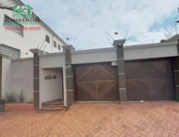 Casa com 3 dormitórios para alugar por R$ 2.200,00/mês - Setor Central - Anápolis/GO