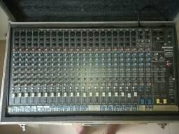 Mesa de som 24 canais com case