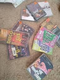 DVDs musical vários R$ R$ 5