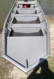 Barco pesca flashbass calaça com motor Johnson - 2018