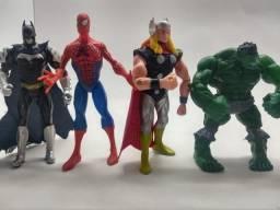 Super herois , articulados / Hulk, Batman, Thor, homem aranha . homem de ferro