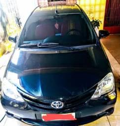 Vende -se Toyota / ETIOS HB x 13L  MT