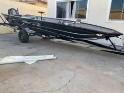 Canoa semi nova, motor 15hp