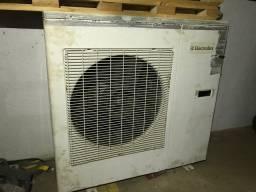 Ar condicionado de 30.000 BTU/h com gás