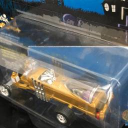 Miniatura Barris Drag-u-la 1/64 Johnny Lightning