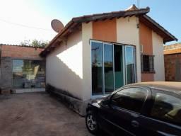 Casa 03 quartos sendo 01 suíte - Vila Esperança - Luziânia