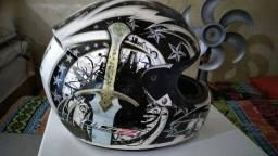 Título do anúncio: capacete LS2 pra vender 100