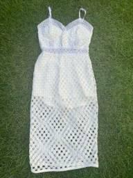 Vestido branco (estilo hot pant)