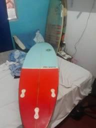 Título do anúncio: Prancha de surf 5'7 antimatéria