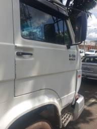 Caminhão,8.150 2003/2004