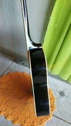 violão Madrid