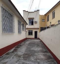 Título do anúncio: Casa próxima a Praça Patriarca em Madureira
