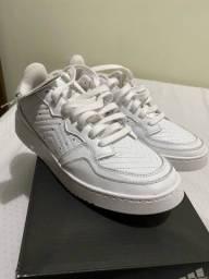 Título do anúncio: Tênis Adidas Supercourt - tamanho 36