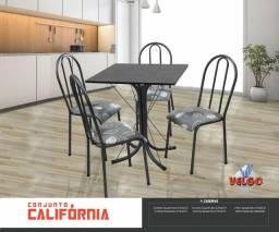 Mesa 4 cadeiras Quadrada