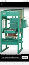 Título do anúncio: Vendo maquina de fazer blocos